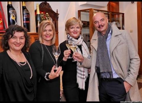 Tri lijepa druženja, mnogo izvrsnih vina, a najviše dobrih vibri i najboljih želja 7