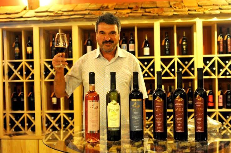 WOW kušanje uz vinara Mihu Rozića, u vinoteci DEKANTER 1
