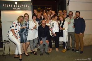 Perak vina u Vivat Wine baru u režiji WOW-ica